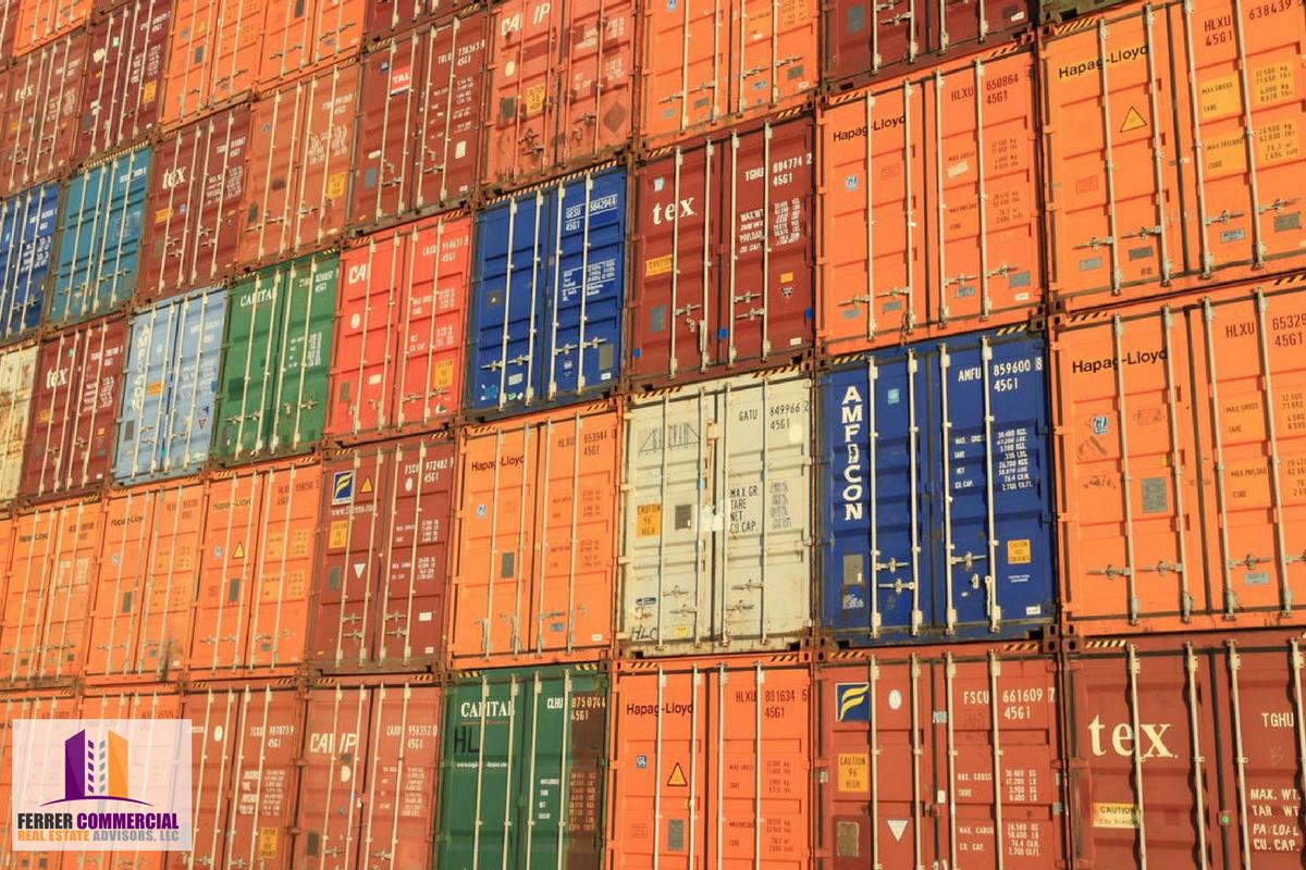 Commercial Loading Docks: Dock Doors vs Grade Level Doors
